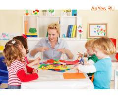 Воспитатель в частный детский сад