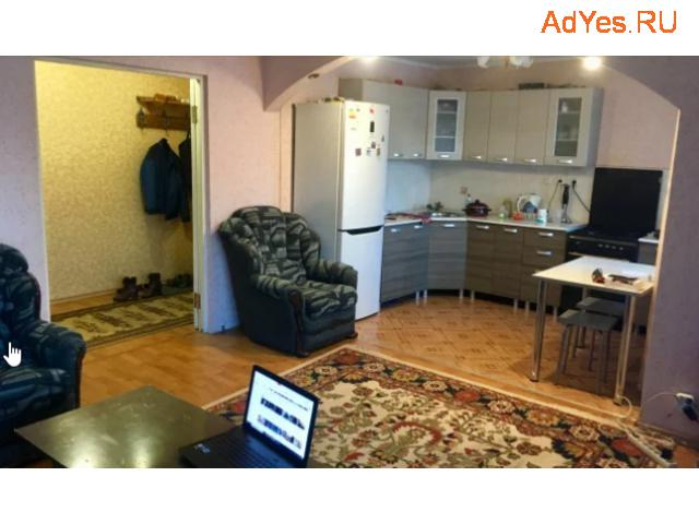4-к квартира, 80 м², 1/10 эт.