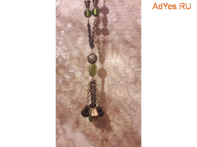 Длинное ожерелье. Бижутерия.